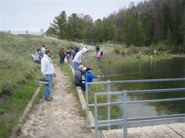 Kids Fishing Day-scouts pond-summer-rain-14